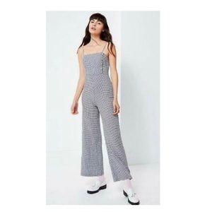 URBAN OUTFITTERS  BUTTON-DOWN GINGHAM JUMPSUIT